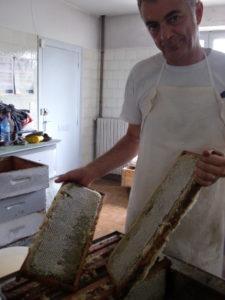 Michel Perosanz, apiculteur au grand coeur