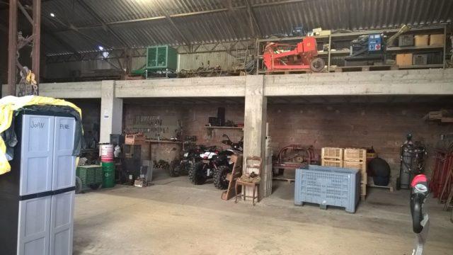 mezzanine pour ranger le matériel