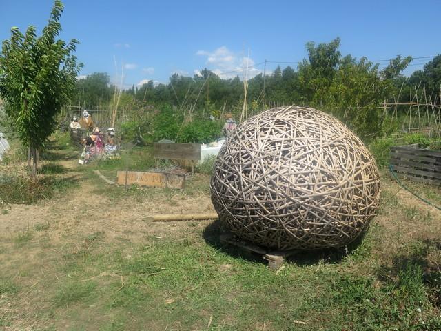 la bulle fabriquée en canne de Provence