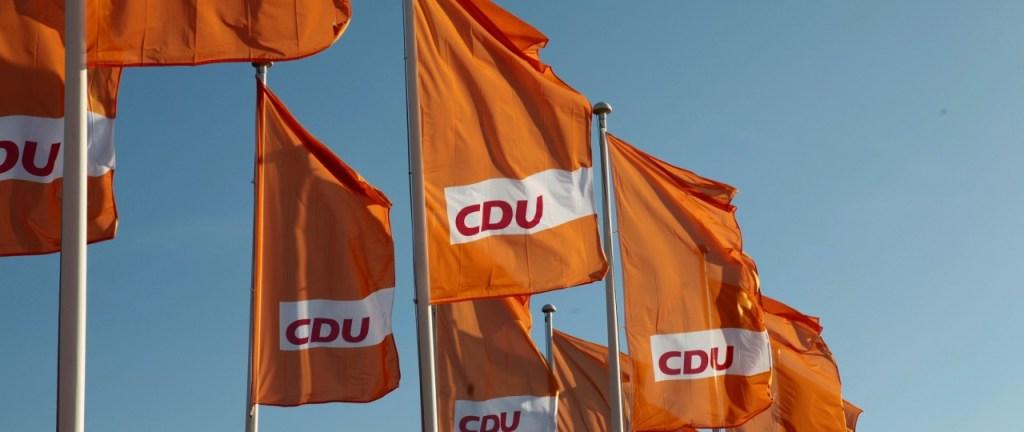 CDU möchte Franz Stock auf Neheimer Ortsschild