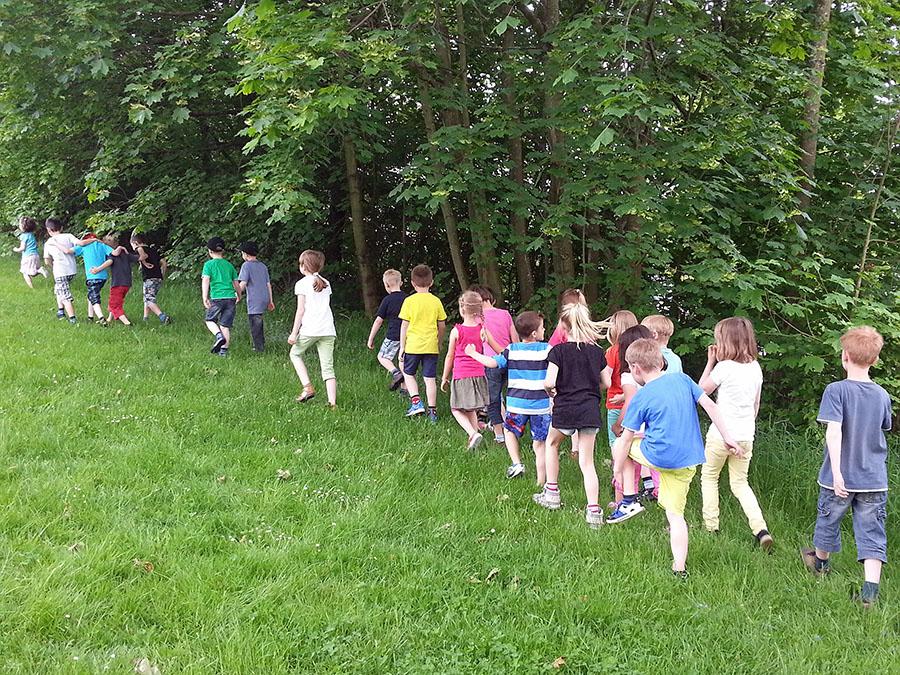 Schulwandern soll Stockumer Kindern Natur näherbringen