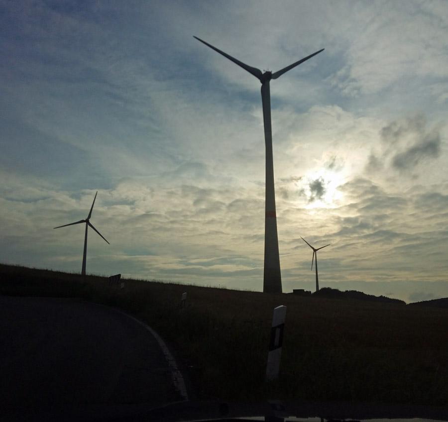 Vor Ort keine Freude über sieben neue Windkraftanlagen in Holzen