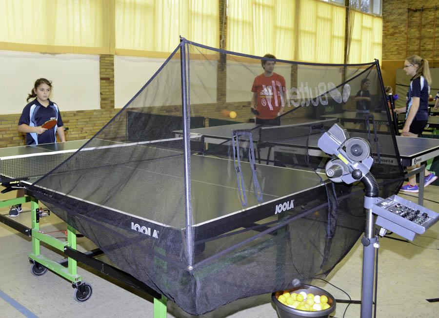 Dank Crowdfunding: SV Holzen trainiert mit Tischtennisroboter