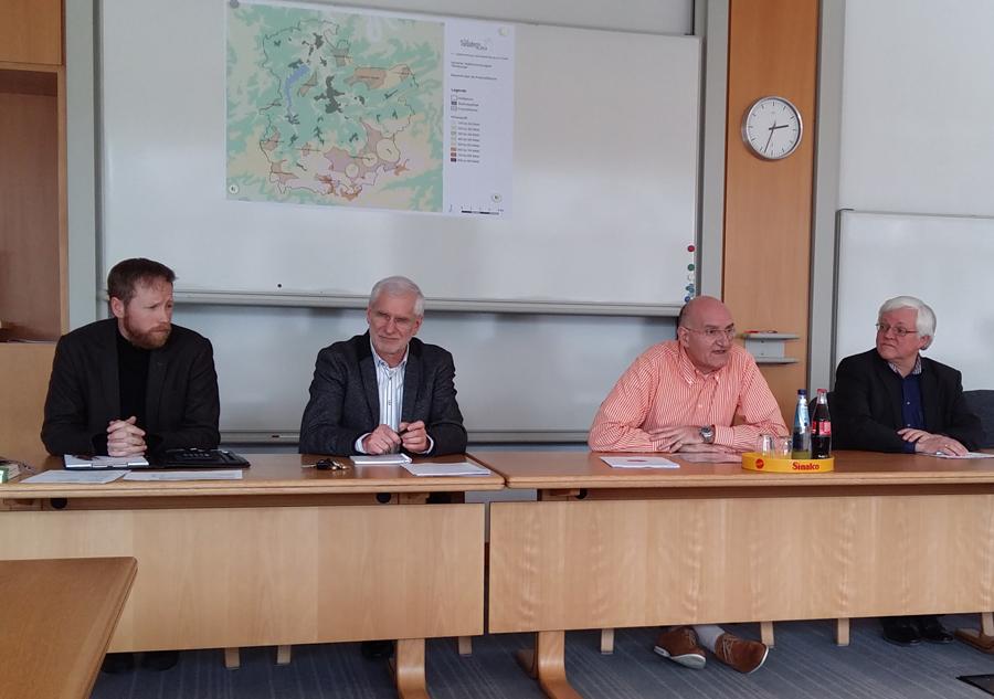 Monatspressekonferenz im Rathaus. (Foto. oe)