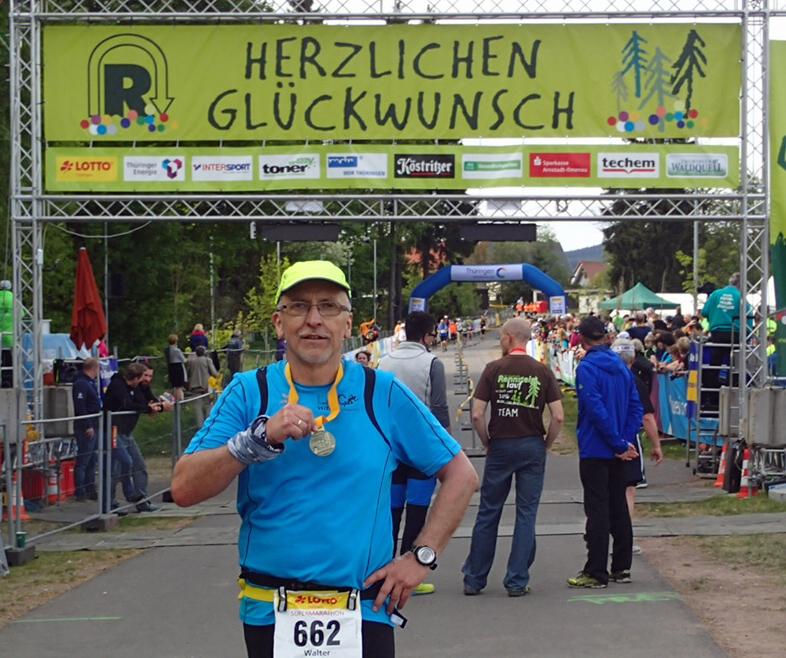 Bergheimer Walter Blume läuft am Rennsteig 72 km-Supermarathon