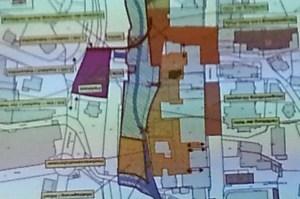 Plan miit Parkmöglichkeiten jenseits der Umgehungsstraße (violett)