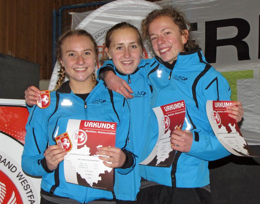Julia Altrup erringt zwei Westfalentitel im Crosslauf