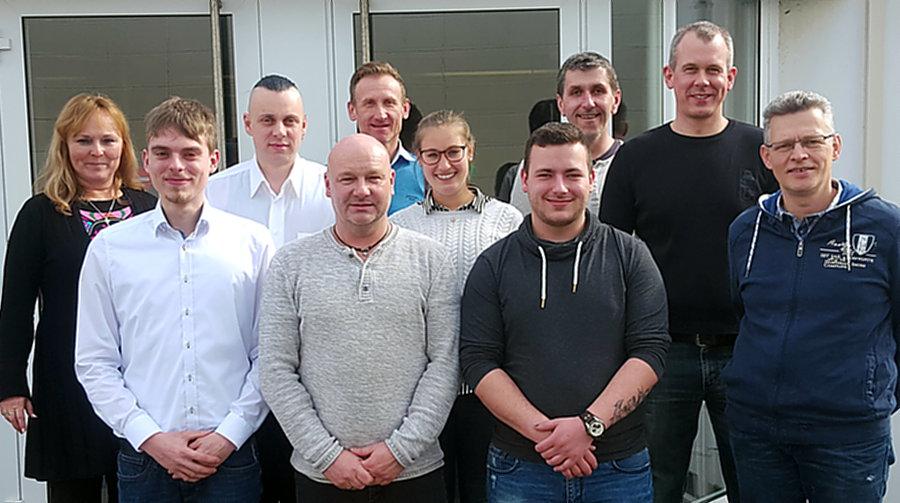 Pfleiderer Arnsberg GmbH übernimmt Auszubildende
