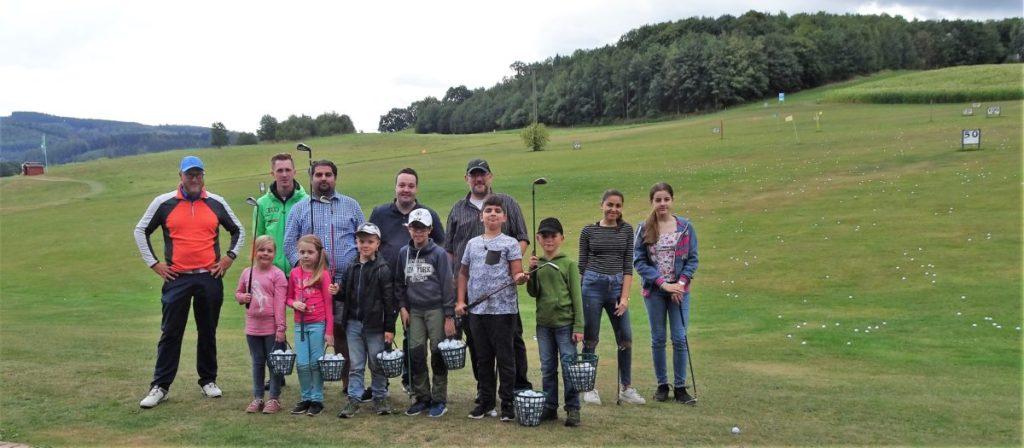 SPD-Ferienaktion: Kinder lernen Golfen
