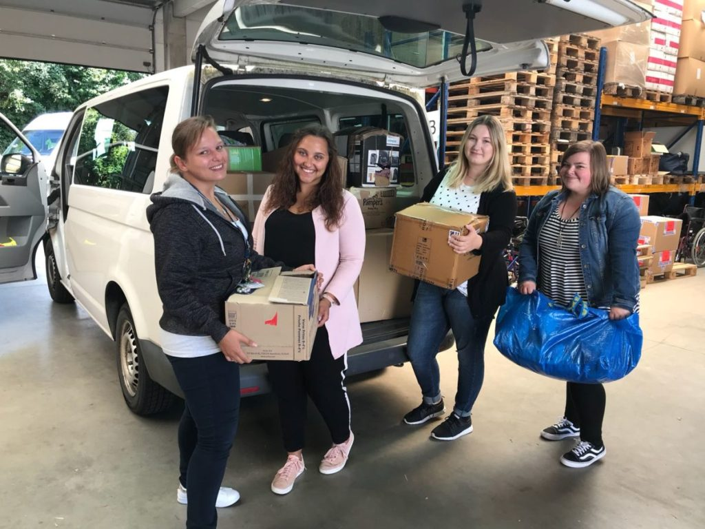 Angehende Erzieherinnen des Berufskollegs sammeln Spenden für Friedensdorf