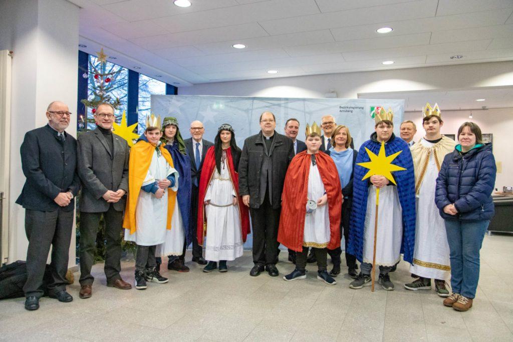 Sternsinger der Propsteigemeinde besuchen Regierungspräsident