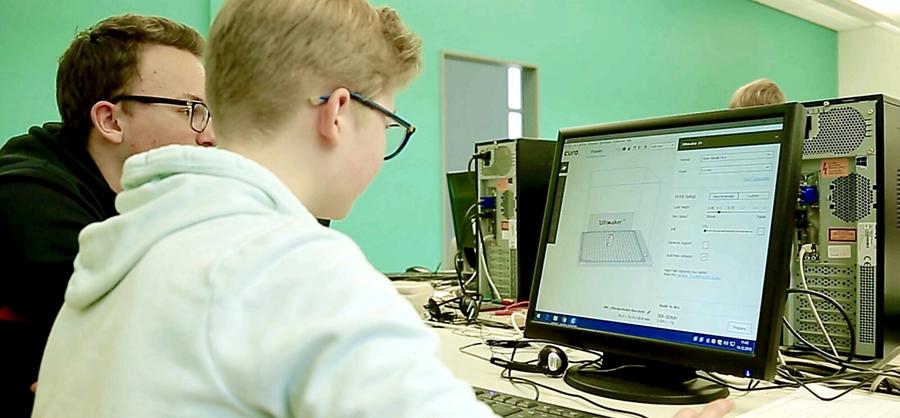 Laurentianum setzt 3‑D-Drucker im Unterricht ein