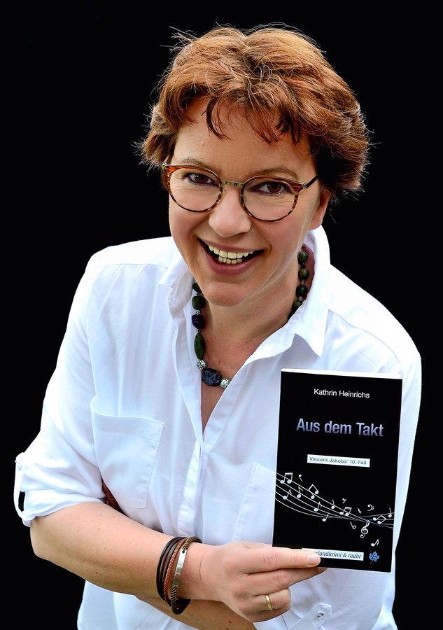 """Kathrin Heinrichs mit Vincent Jakobs """"Aus dem Takt"""""""