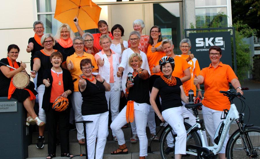 Orange World von SKS wird zur großen Chorbühne