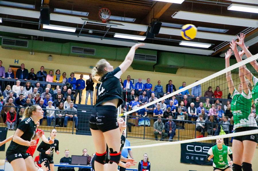 RCS-Volleyballerinnen bleiben auf Überholspur