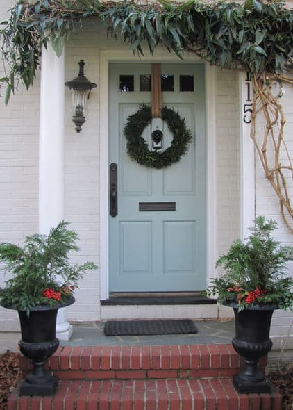 Eclectic Christmas Entry via Houzz user Rene