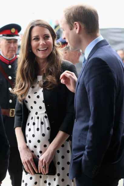 Kate-Middleton-Polka-Dot-Dress-Topshop-Pois