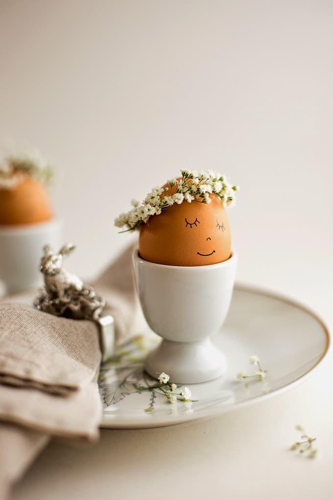 floral crowned eggs