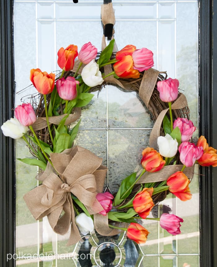 how-to-make-a-tulip-wreath