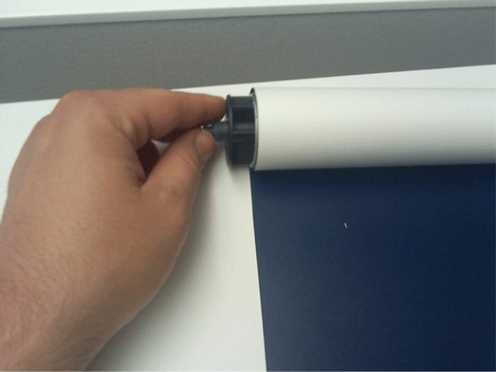 how to reverse roller shade2