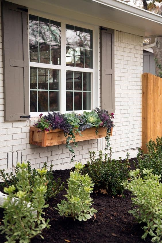 fixer-upper-curb-appeal-and-window-box-ideas