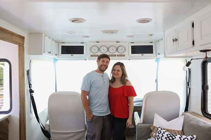 roller-shades-in-front-of-rv-mountainmodernlife.com