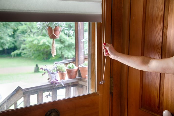 Blinds.com sheer shade lift control