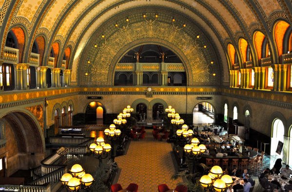 Photo of the Grand Hall at Union Station at Union Station Hotel, the site of the ACB national convention.