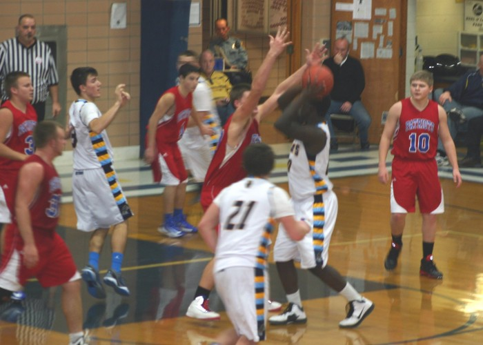 Lake leads WHS to win over BD