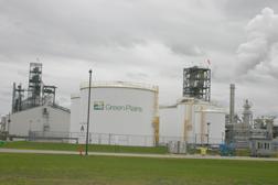 The Green Plains ethanol facility between Riga and Blissfield, Michigan. Copyright 2014, River Raisin Publications, Inc.