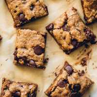 Almond Butter Oatmeal Chocolate Chip Cookie Bars