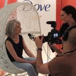 Chantal en pleine interview