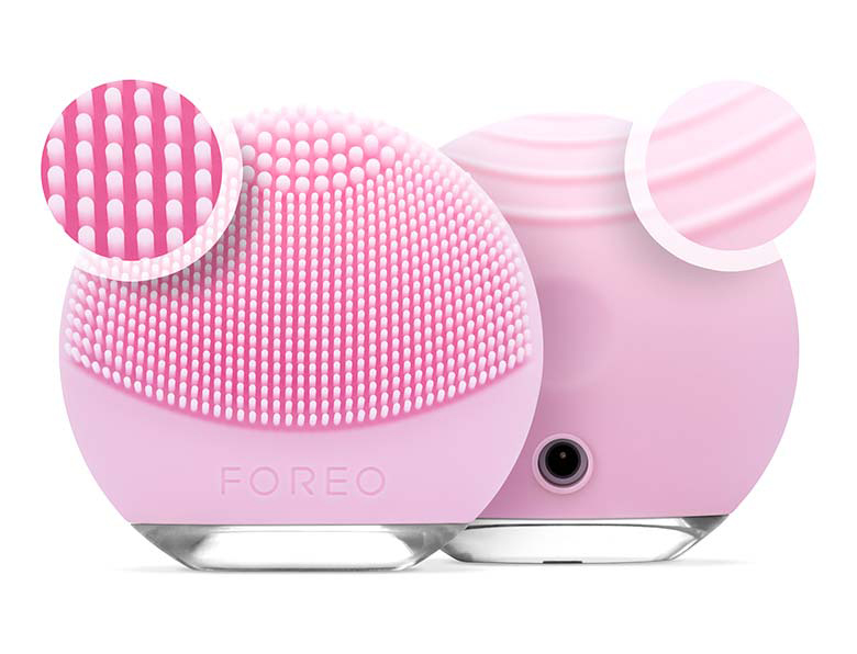 foreo-luna-go-pink-luna-go-t-sonic-cleansing-anti-agign-product-shots-transparent-bkgrnd-base-shadow