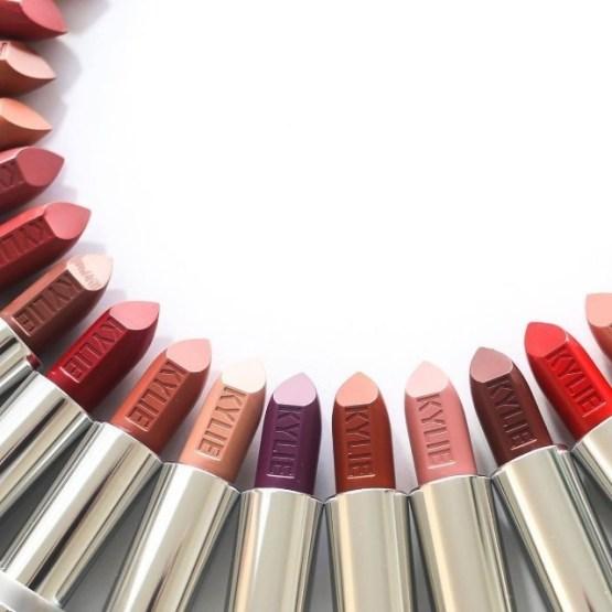 "Kylie Cosmetics Crème Lipstick ""Amore"""