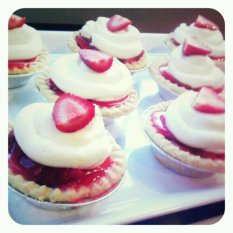 Baby Shower Mini Strawberry Pies