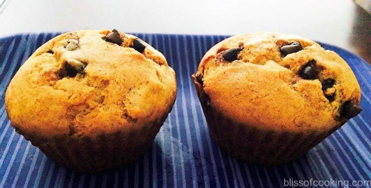 Banana & Chocklate chip muffins (eggles), Muffins, Cake