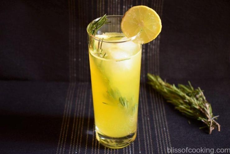 Rosemary Citrus Fizz