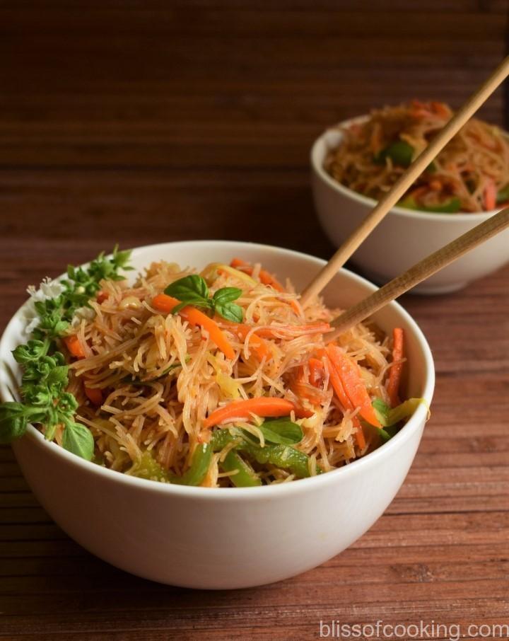 Thai Ginger Garlic Noodle Bowl