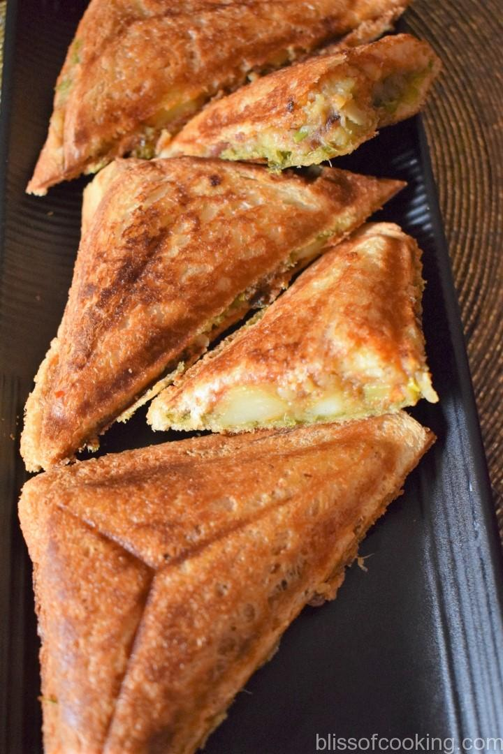 Aloo And Vegetable Toasted Sandwich, Potato Vegetable Sandwich