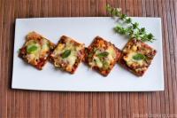 Cheesy Pizza Crackers