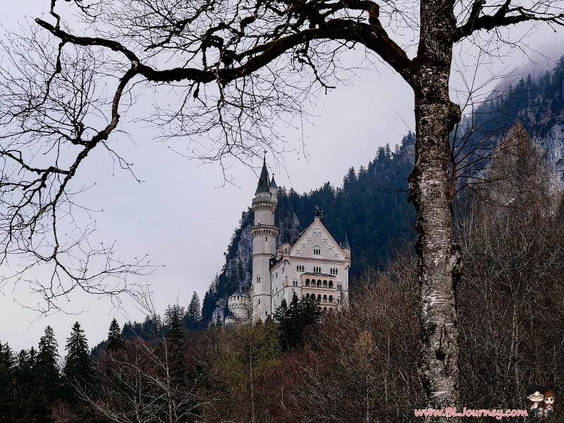 FREITAG , Flagship Store, Zurich , ซูริค , switzerland , สวิตเซอร์แลนด์ ,กระเป๋า , ไฟรทาร์ก , BLJourney , pantip , finn air , ขับรถเที่ยว , Hardbrucke , พาลูกที่ยว , สวิต , สวิส , ยุโรป , กระเตงลูกเที่ยว , ครอบครัว , ครอบครัวสุขสันต์, switzerland , germany , legoland, Neuschwanstein Castle, Neuschwanstein , ปราสาทเจ้าหญิง ,Finnair , Full Service , sixt rent a car , ขับรถเที่ยว , เยอรมัน , สวิส , สวิต , วีซ่า , เชงเก้น , เช่ารถ , ปราสาทนอยชวานสไตน์ ,Maria Bridge , จุดถ่ายรูป , Hohenschwangau ,ปราสาทโฮนชวานเกา , รถม้า , horse carriage , Hotel Amenity , ที่พัก , มิวนิค , munich , พาลูกเที่ยว , เตรียมตัว