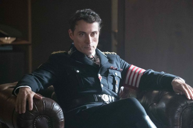 Rufus Sewell / John Smith