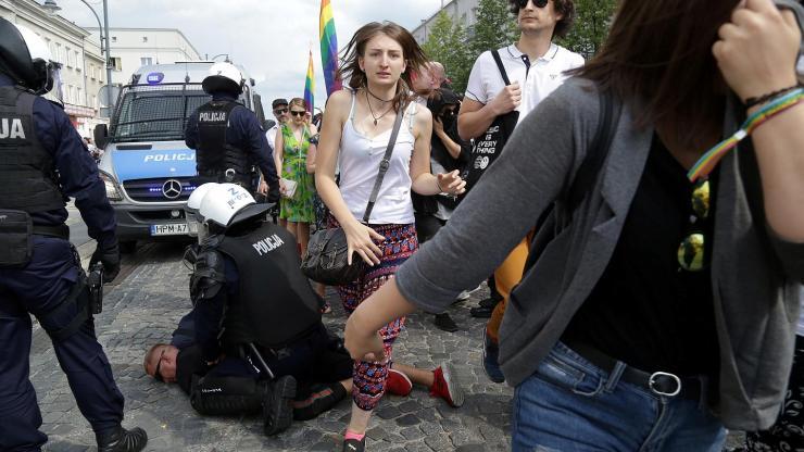 gay pride polonia