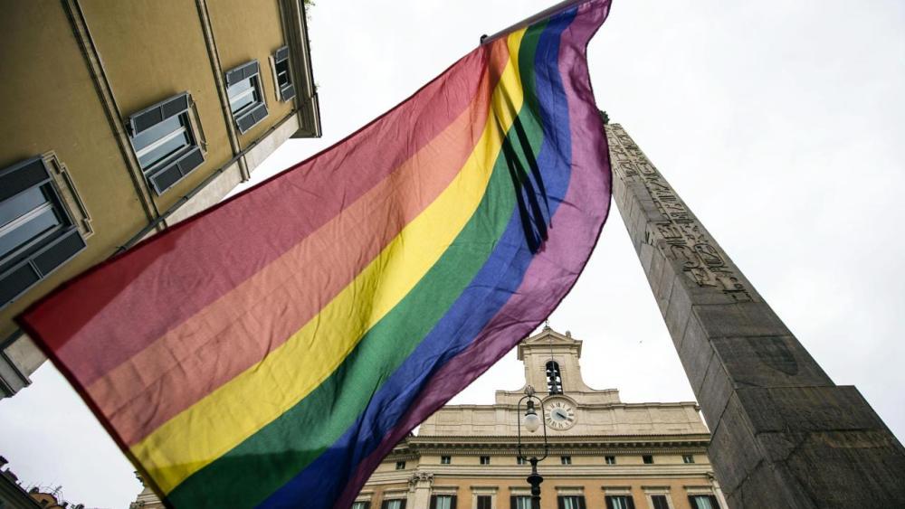legge zan omofobia testo