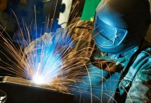 Manufacturing output growth 'remains robust'