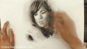 illustration portrait femme fusain rapide 30 minutes
