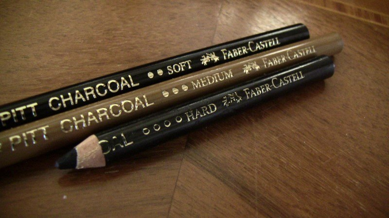 image crayons fusain faber-castell