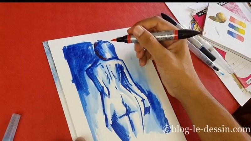 ajouter rouge et couleur chaude croquis femme feutre aquarelle