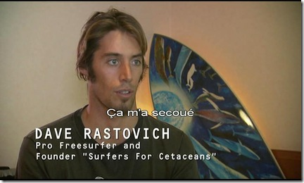 Cérémonie à Taiji - David Rastovitch de Surfers for Cetaceans - Bonus du DVD de The Cove (la baie de la honte)