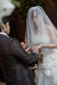 福岡 結婚準備 ブライダル撮影 ウエディングアルバム 前撮り 0358 ロケ撮 結婚式の写真